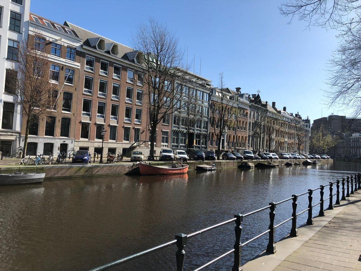 Afbeelding van Worden de grachten van Amsterdam net zo helder als die in Venetië?