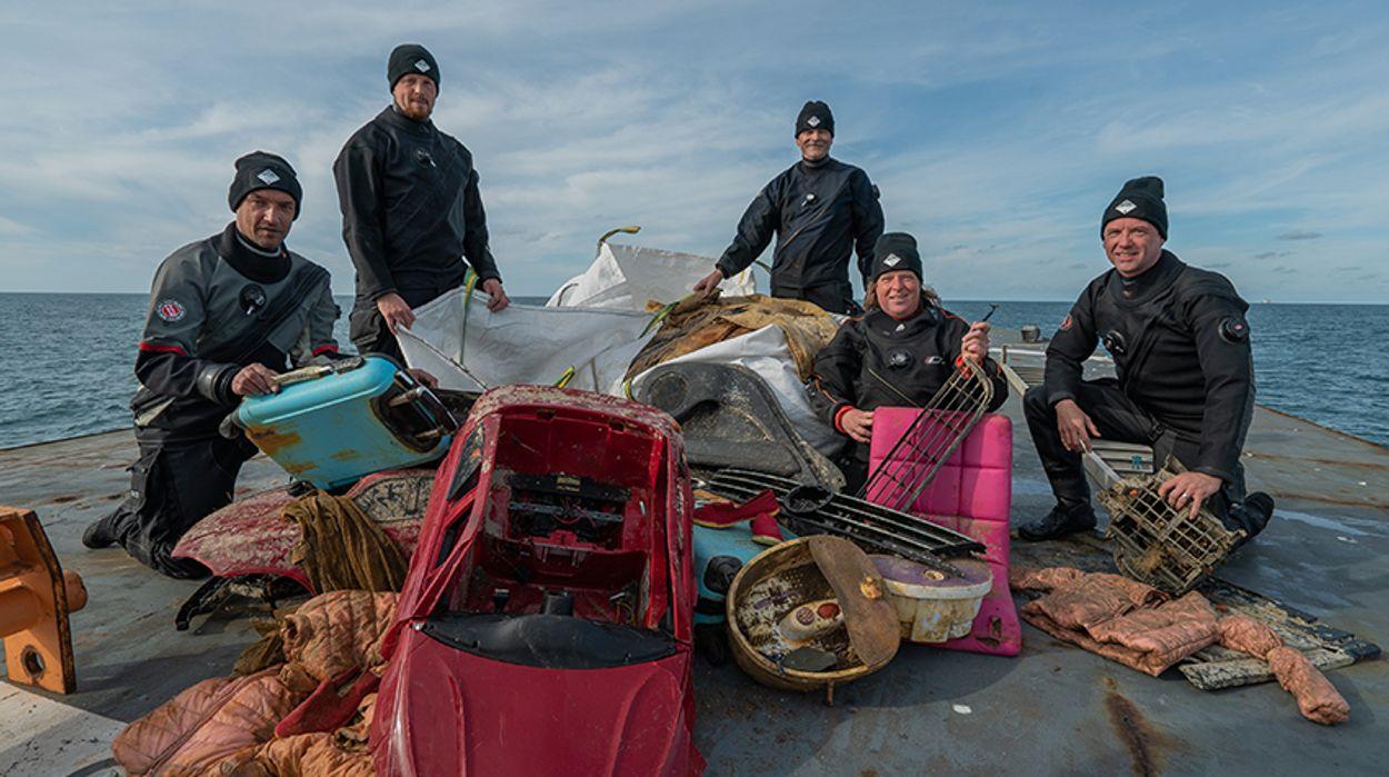 Afbeelding van Duikexpeditie bergt 2500 kilo afval uit de Noordzee