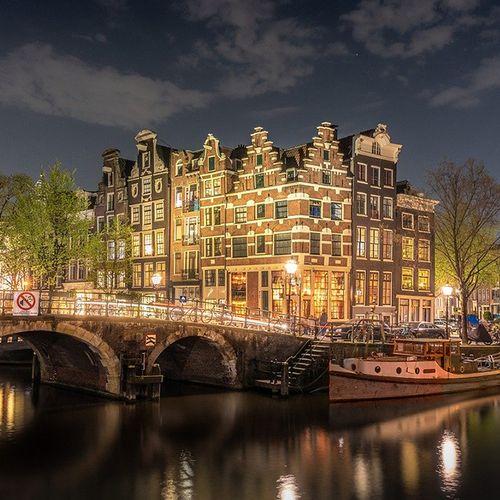 Afbeelding van Amsterdam wil in 2030 meeste huishoudens  op zon- en windstroom